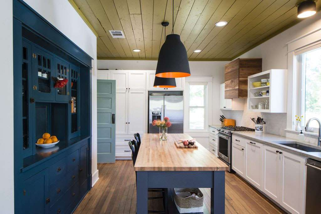 Craftsman Style Focus of Preservation Austin's 2019 Homes ... on