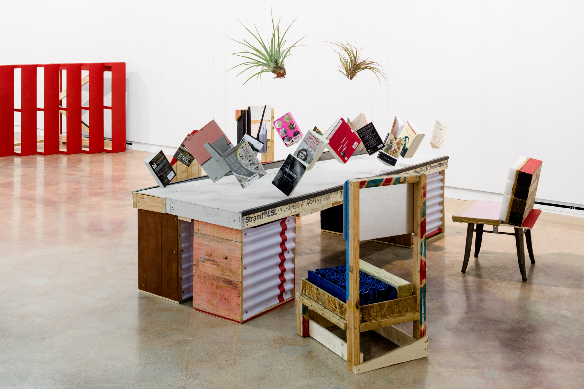 Installation view, Abraham Cruzvillegas: Hi, how are you, Gonzo?